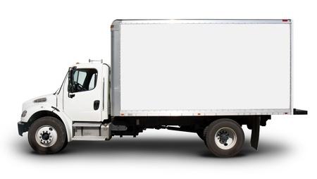 camión: Camiones de entrega normal blanco con caras en blanco y cabina en blanco, listo para el texto personalizado o logotipos