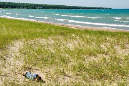 모래 언덕을 꿈꾸는 남자. 휴가, 여름 시간.