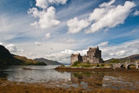 scotland: Eilan Donan Castle in the Scottish Highlands