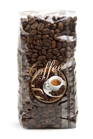 doorzichtige plastic zak van koffie bonen geïsoleerd op een witte achtergrond