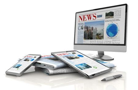 lapiceros: monitor de pc, tablet, celular y peri�dico Foto de archivo