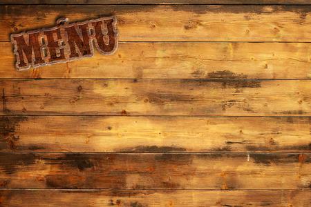 Plaat menu genageld aan een houten wand Stockfoto - 42589791