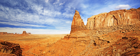 monument valley view: panoramic view of desert landscape in monument valley Stock Photo