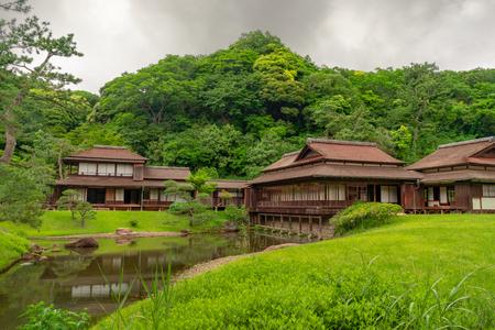 Traditional wooden house in japanese garden, Yokohama Фото со стока