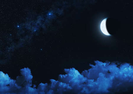 Crescent moon in starry night sky with illuminated clouds. Standard-Bild