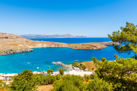 Beautiful Bay of Lindos on Rhodes island, Greece 免版税图像