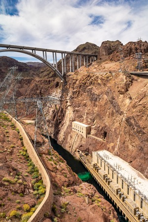 Dam located on the Nevada and Arizona border, very popular tourist attraction. USA Banco de Imagens
