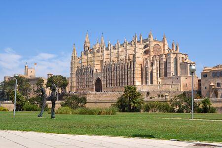 La Seu, the gothic cathedral de Santa María de Palma de Mallorca on the Island of Mallorca, Balearic Islands, Spain.