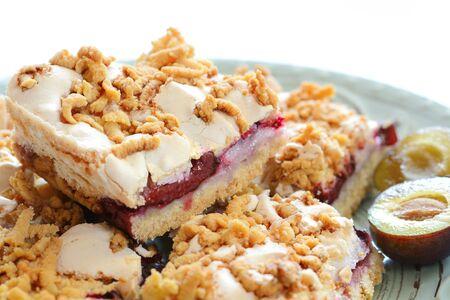 Gâteau à la prune. Pâte brisée maison aux prunes violettes.