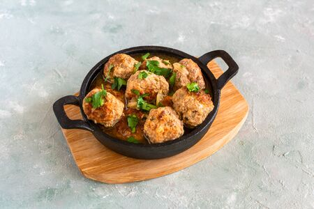 Homemade pork and beef meatballs in gravy Stok Fotoğraf - 130067905