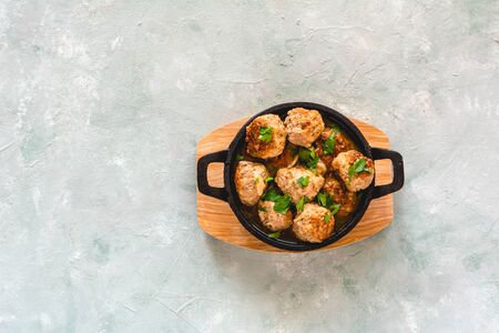 Homemade pork and beef meatballs in gravy Stok Fotoğraf - 130067914