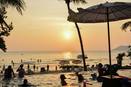 samet: Beach Sunset in kon samet 8