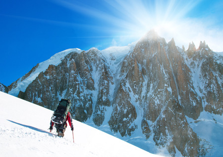 scrambling: Winter alpine trekking