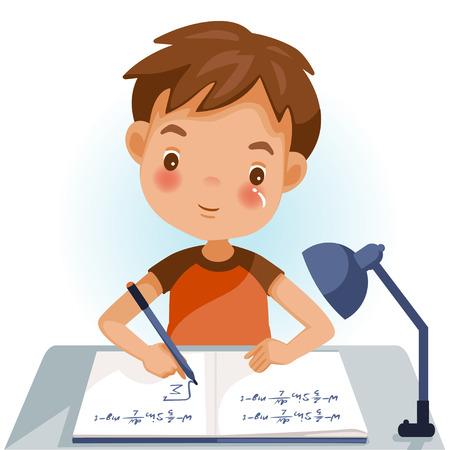 Jungen schreiben, Kinder machen Hausaufgaben, Mathe zu Hause. Süßer kleiner Junge der Karikatur im roten Hemd, das auf dem Schreibtisch sitzt. Das Konzept des Lernalters