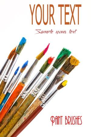 Farben und Pinsel Standard-Bild - 16955935