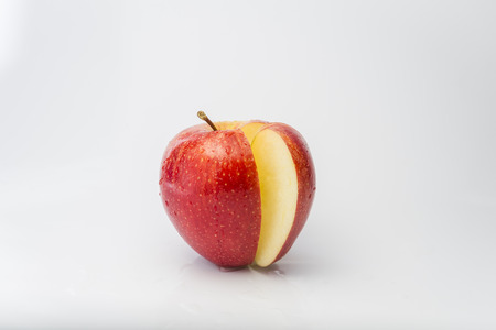 to have: Apples have vitamin.