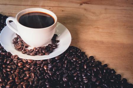 朝のコーヒー。朝のエスプレッソ コーヒー。コーヒーの時間です。コーヒーブレイク。 写真素材