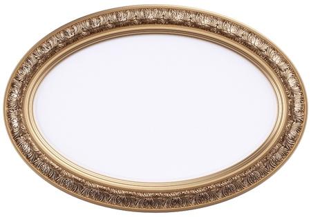 marcos decorados: marco ovalado imagen dorada o espejo aislado en blanco Foto de archivo