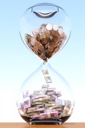 El tiempo es la versión de dinero con el compuesto central Foto de archivo - 13883136