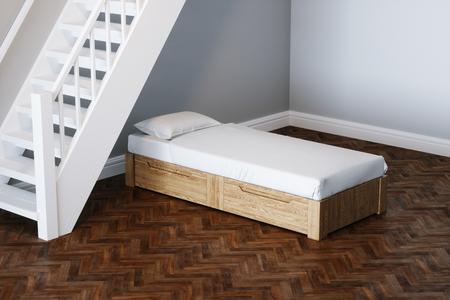 Cama de diseño concepto de diseño en la habitación de año nuevo bajo escaleras de madera 3d Foto de archivo - 100025322