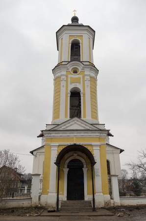the believer: Church of St. Nicholas in Staraya Russa, built in 1371, the tower was added in the 1750s. Now the church belongs to the Old Believer community