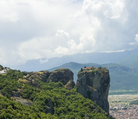 monasteri: view of the ancient Greek monasteries located in the mountains
