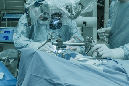 Operation at the brain with a surgical microscope