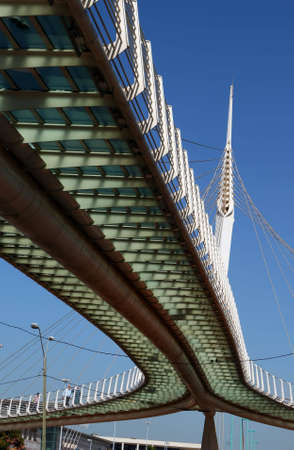 cabling: Modern cabling (string) bridge designed by the known architect and engineer Santiago Calatrava in Petah Tikva, Israel