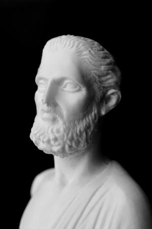 古代ギリシャの医師ヒポクラテス、医学の歴史の中で最も著名な人物の一人であります。(460 〜 377 BC)