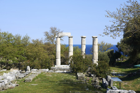 サモトラキ島、Paliapoli と呼ばれる旧市街の遺跡します。