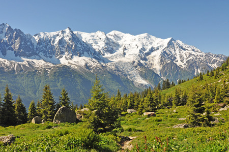alpes: Alps, region of France, Italy, Switzerland The Alps are the highest and most extensive mountain range system that lies entirely in Europe Stock Photo