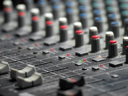Sound mixer, shallow DOF, useful for various music and sound themes 版權商用圖片 - 8392459