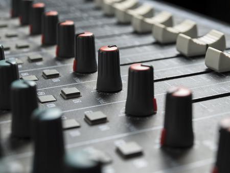pult: Sound mixer primo piano, per la musica e il suono, i temi di intrattenimento Archivio Fotografico