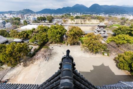 Guarda di Kumamoto e sulle montagne vicine dal castello Archivio Fotografico