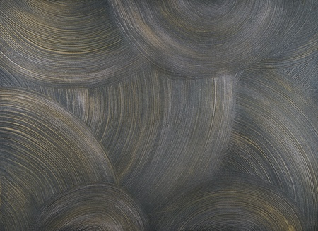 centric: texture of the walls covered with gray paint, with frequent, round, centric strokes and fragments of golden paint.