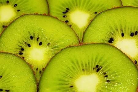bright juicy kiwi background photo