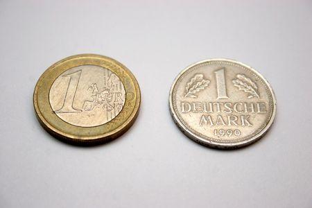 1 Euro and 1 Deutsche mark photo