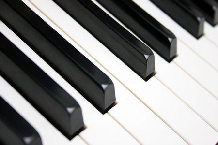 letras musicales: teclado de piano en closeup