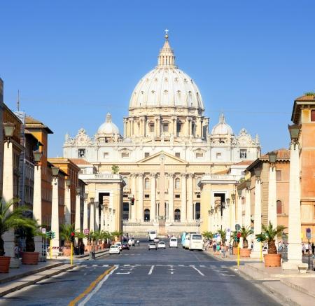 rome italy: Basilica di San Pietro, Vatican City, Rome, Italy