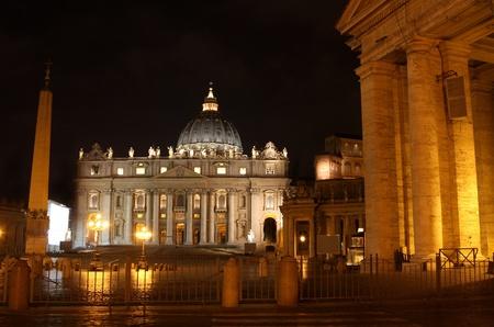 details of night Basilica di San Pietro, Vatican City, Rome, Italy  photo
