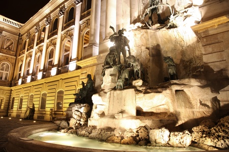 europa: Fountain at the Buda Castle in Budapest, Hungary