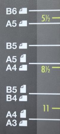 fotocopiadora: Tamaño de papel A3, A4, A5, B4, B5, B6 sobre copiadora láser Foto de archivo