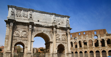 constantino: details of Arco de Constantino and Colosseum in Rome, Italy