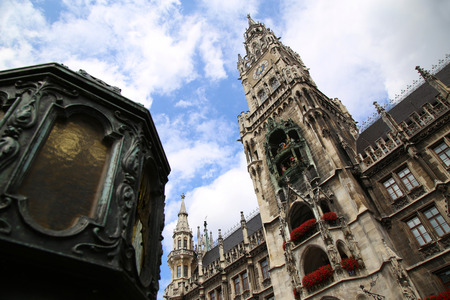 rathaus: Town Hall (Rathaus) in Marienplatz, Munich, Germany