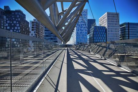 oslo: Akrobaten pedestrian bridge in Oslo, Norway