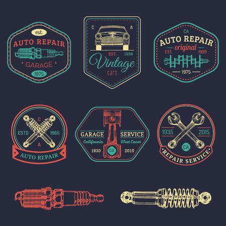 Garage logo's ingesteld. Autoreparatie emblemen verzameling. Vector vintage geschetst autoservice tekenen voor reclameposters etc. Stock Illustratie