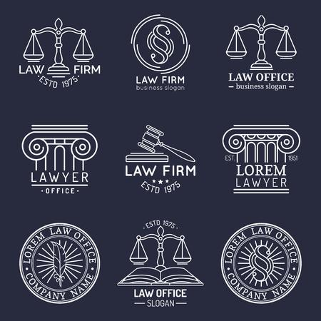 Law office logo's instellen met schalen van Justitie, hamer enz illustraties. Vector uitstekende procureur, verdedigersetiketteninzameling.