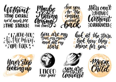 Ręka napis z motywacyjnymi frazami Moon Child, potrzebuję więcej przestrzeni, jesteś moim wszechświatem itp. Przestrzeń cytaty wektor zestaw. Kolekcja inspirujących cytatów kaligrafii. Szkice planet. Ilustracje wektorowe