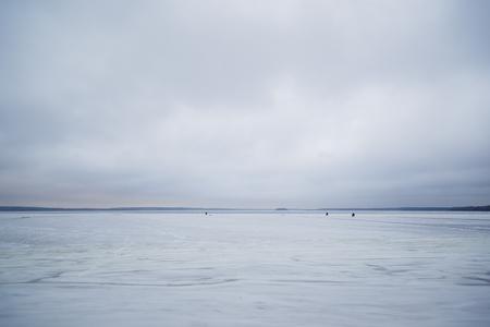 caching: Fishermen go fishing on ice