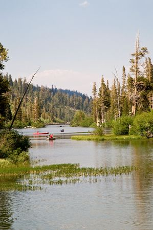 mammoth lakes: Idylic lake view - Mammoth lakes, California